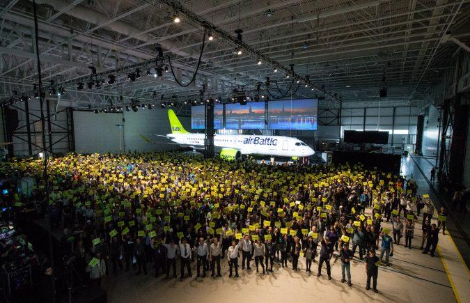Når Et Flyselskab Får En Ny Flytype Holder De Ofte En Reception I En Hangar. Kan Man Købe Billetter Til Disse Receptioner Og I Så Fald På Hvilken Hjemmeside?