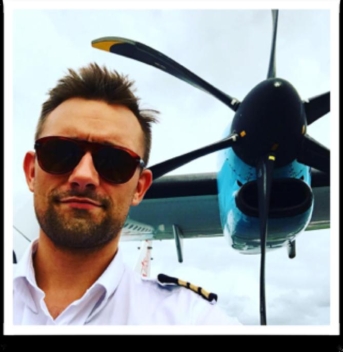 Hop Med På Eventyr Med Danske Piloter Der Flyver På Vanuatu